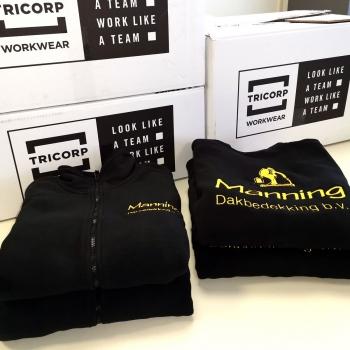 Tricorp bedrijfskleding voor Manning dakbedekking met logo geborduurd